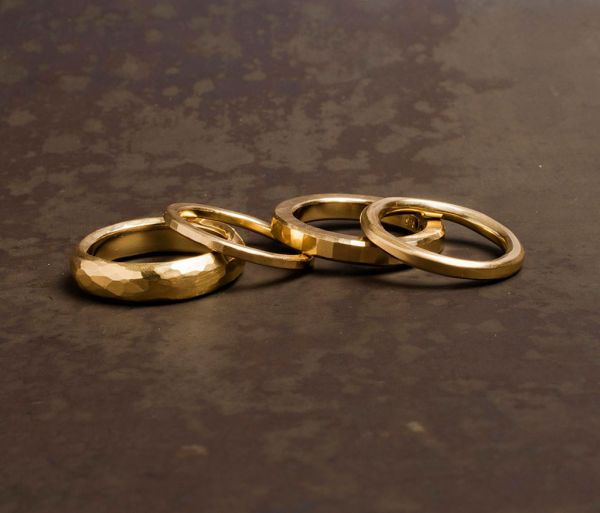 4 ring combination hammered gold