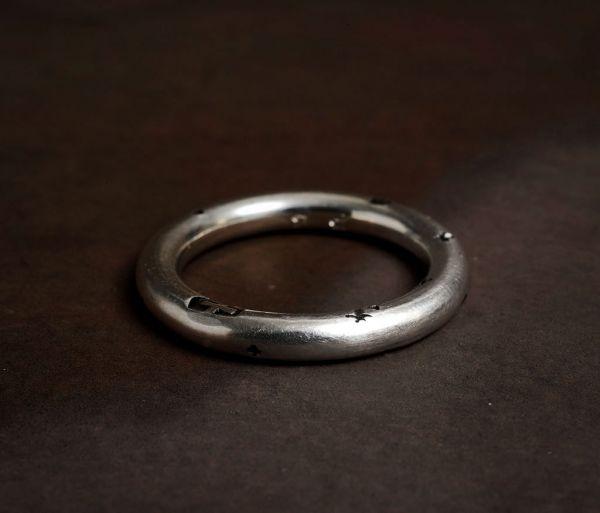 ring round faith love hope