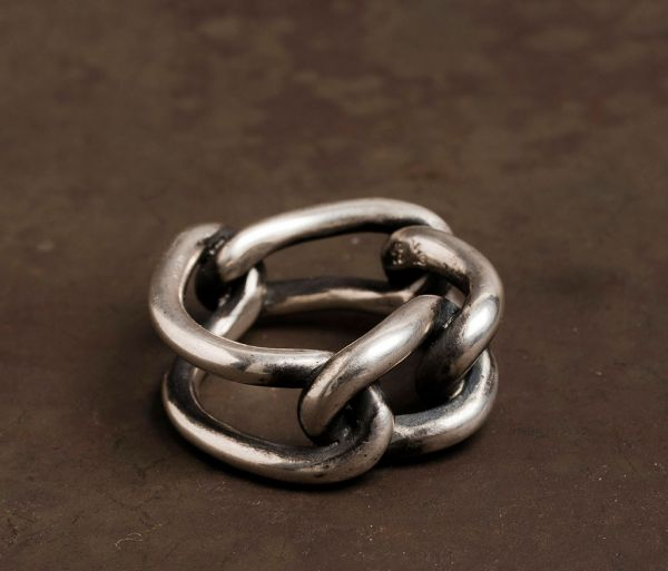 curb links ring
