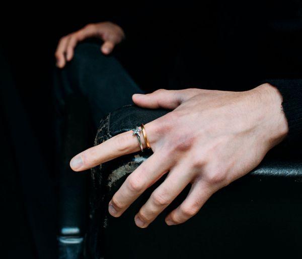 ring symbol star