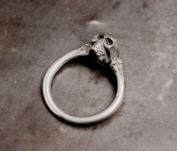skull ring fine
