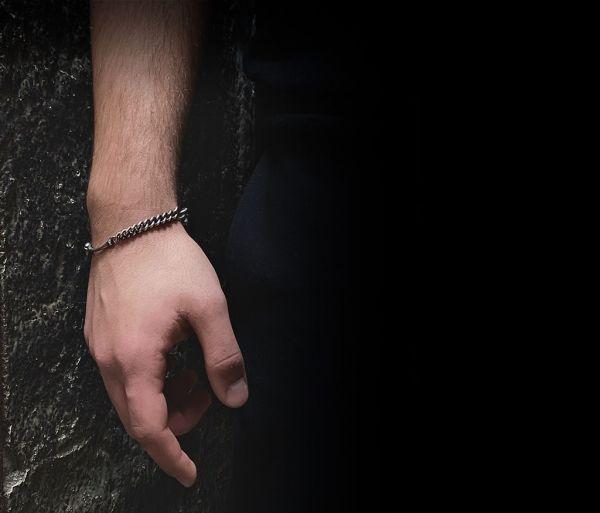 bracelet fine skull