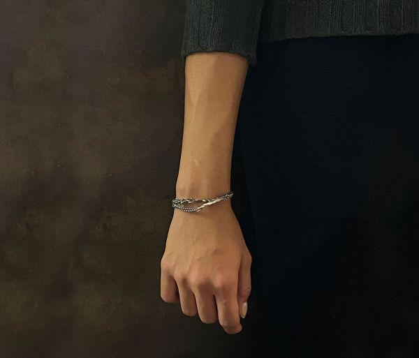 fine bracelet leaves