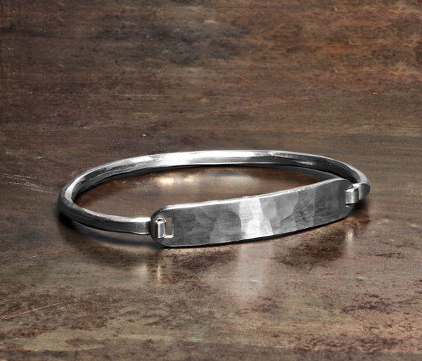 bracelet oval tag