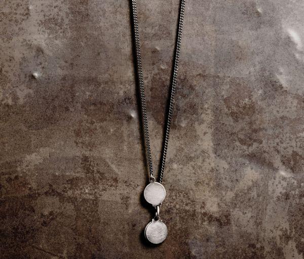 necklace hidden plate