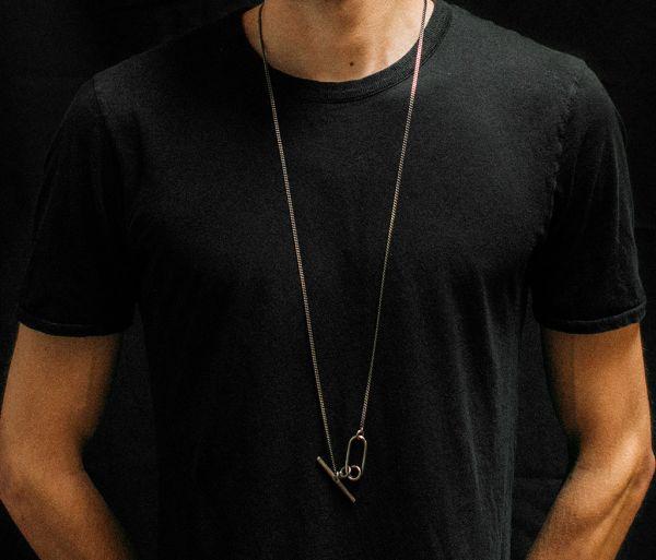 necklace curl