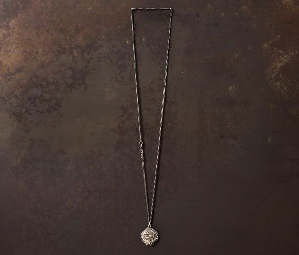 necklace medallion rosebud
