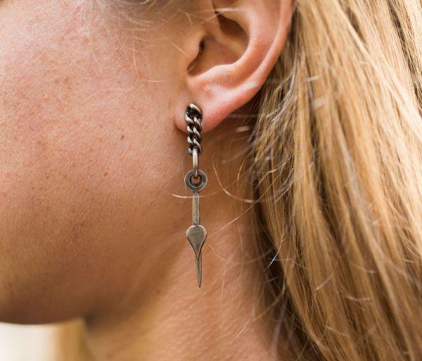 earrings time