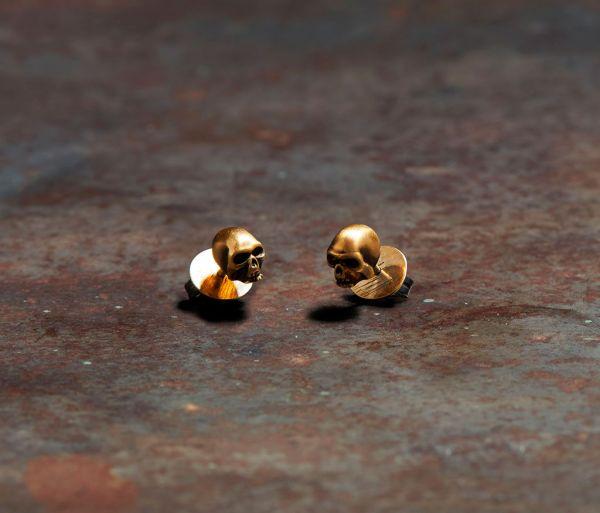studs skull gold