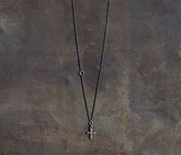 chain mini cross